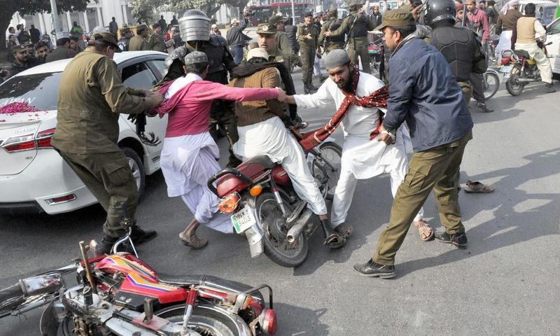 Pakistan paralyzed